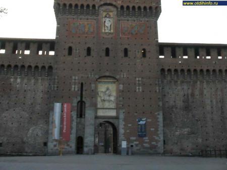 Фото: Замок Сфорцеско, крепость Сфорцеско