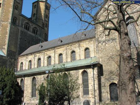 Фото: Церковь Космы и Дамиана на Рыночной площади