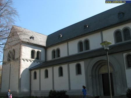 Фото: Нейверкская церковь