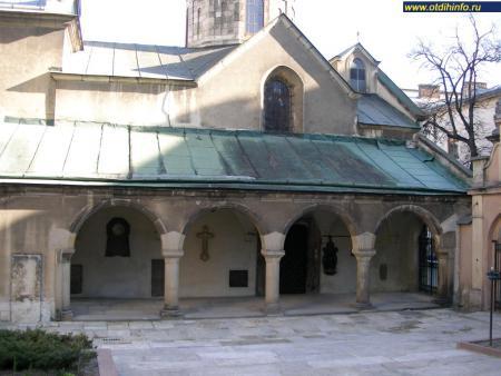 Фото: Армянская церковь Успения Пресвятой Богородицы