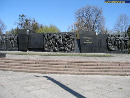 Фото: Монумент Славы, Монумент боевой славы Советских Вооруженных Сил