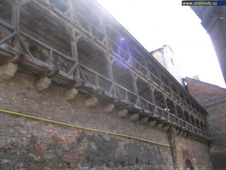 Фото: Оборонительная стена Львова