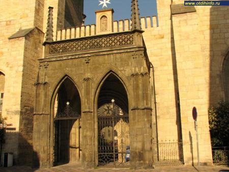 Фото: Костел Девы Марии под цепью, Мальтийский костел
