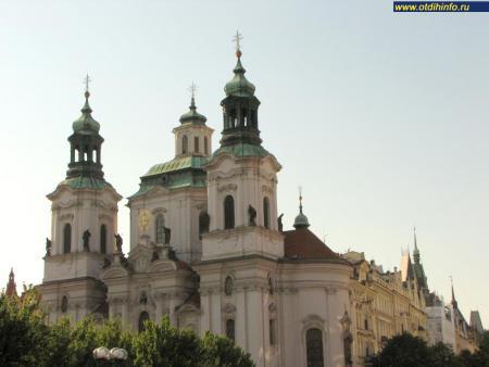 Фото: Костел Святого Николая на Староместской площади
