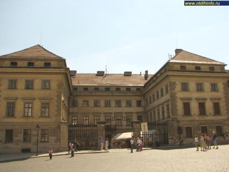 Фото: Салмовский дворец, Малый Шварценбергский дворец