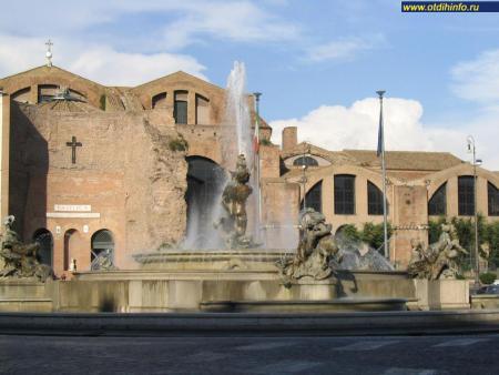 Фото: Базилика Святой Марии