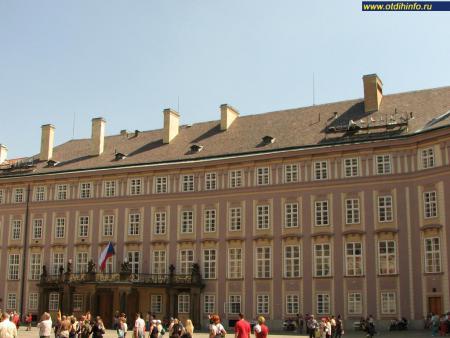 Фото: Старый королевский дворец