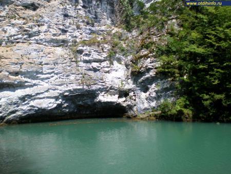 Фото: Голубое озеро