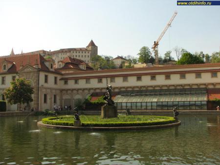 Фото: Вальдштейнский дворец