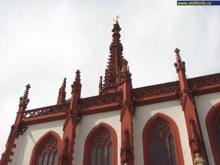Фото: Церковь Святой Марии, церковь Мариенкапелле