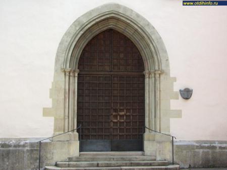 Фото: Монастырь францисканцев, церковь францисканцев